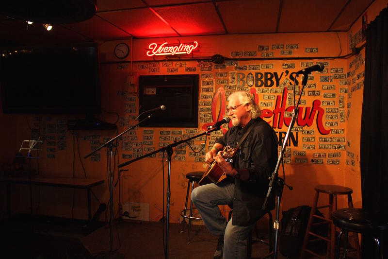 Bobby's Idle Hour Nashville Music Row