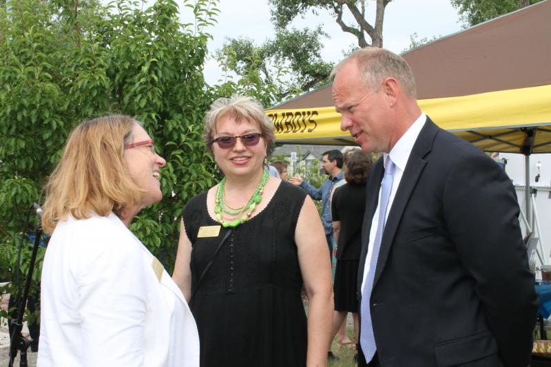 WPM General Manager Christina Kuzmych, Governor Matt Mead, and Dr. Susan Frye share a laugh