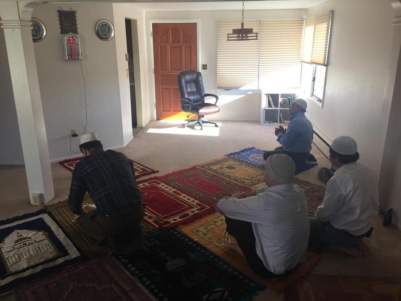 Worshippers at the Gillette mosque.