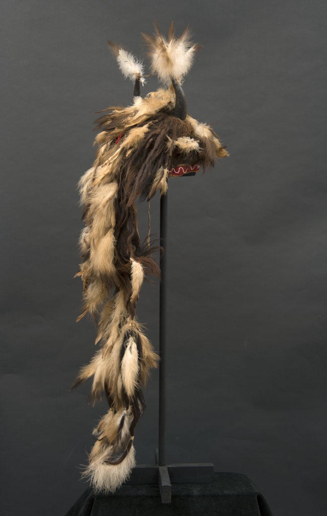 A Women's Bonnet. Credit: The Paul Dyck Plains Indian Buffalo Culture Collection, acquired through the generosity of the Dyck family and additional gifts of the Nielson Family and the Estate of Margaret S. Coe