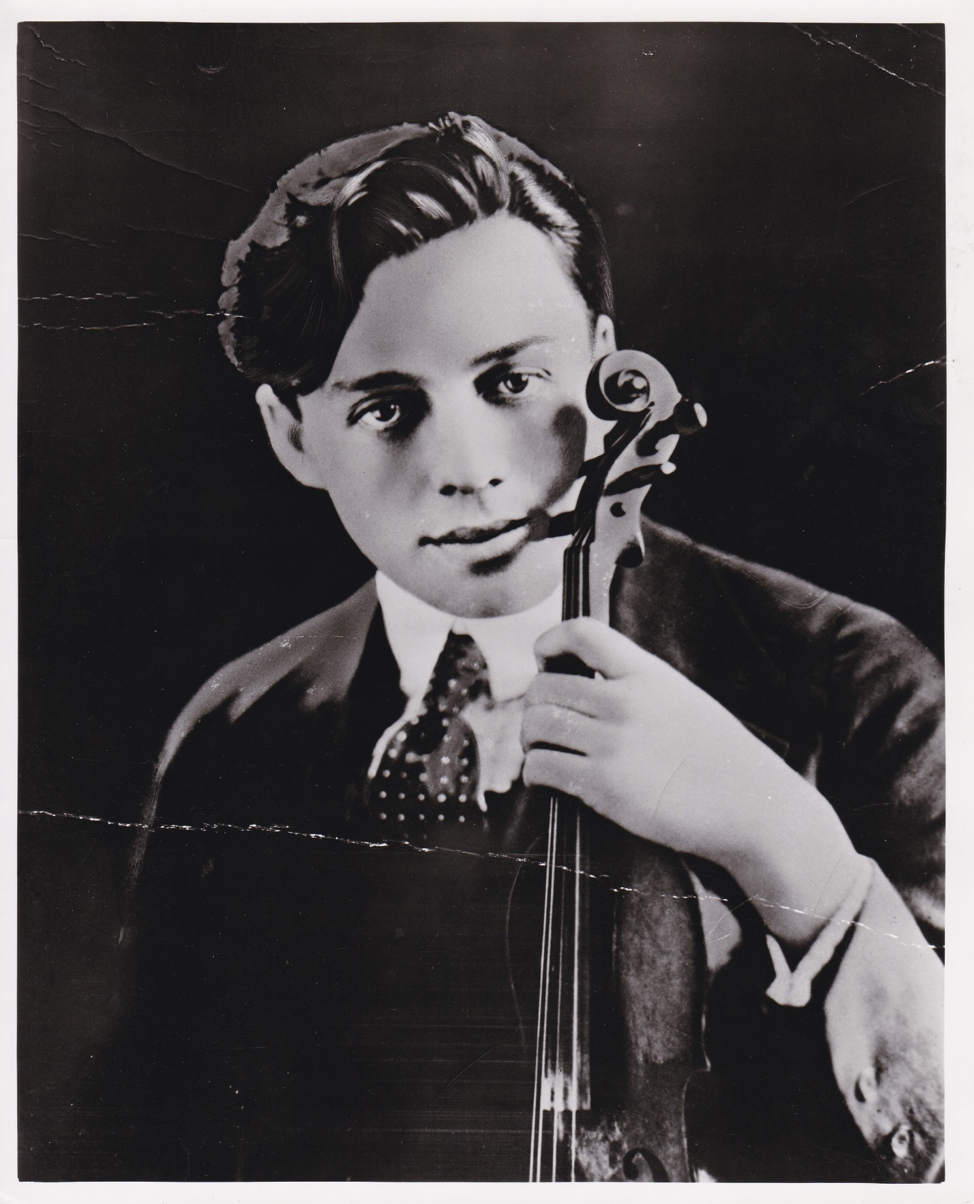 archives on the air 21 jack benny s magic violin wyoming public