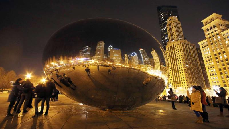 "Chicago ""Bean"" sculpture"