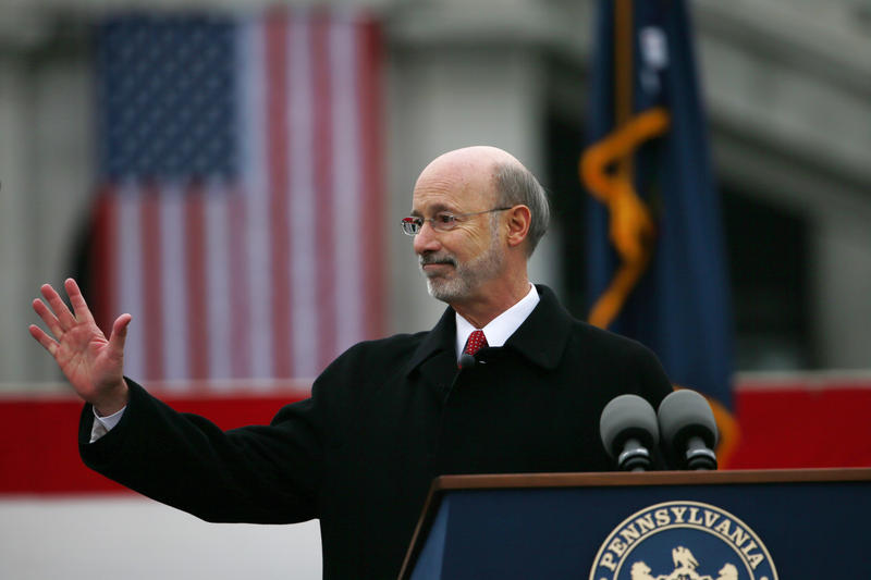Tom Wolf at podium