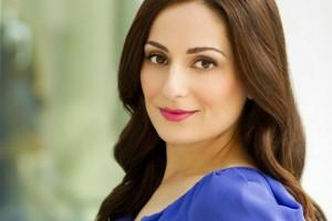 Award-winning finance expert and Penn State alumna, Farnoosh Torabi.