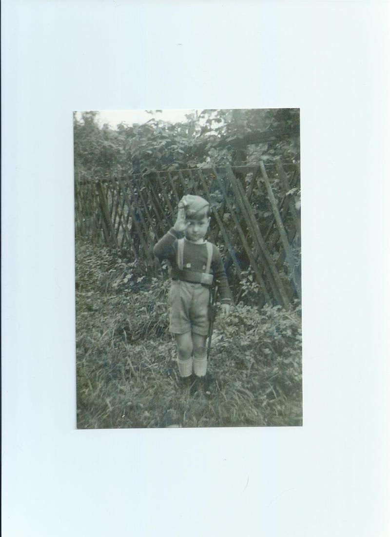 Manfred Keune as a child in Germany.