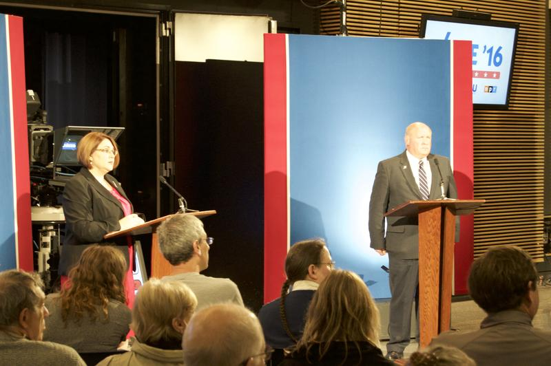Democratic challenger Kerith Strano-Taylor (left) and Republican Congressman Glenn Thompson appear in a debate on October 15, 2016.