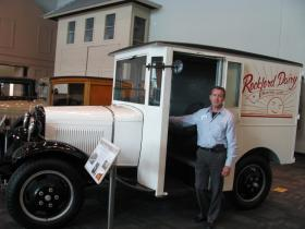 Car archivist with milk truck from the 1930s