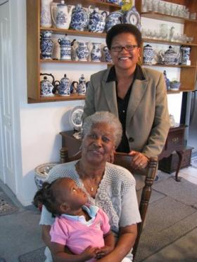 Fran Ross, top, with her mother, Johnnie Ross