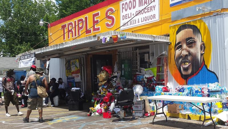 Convenience store where Alton Sterling died.