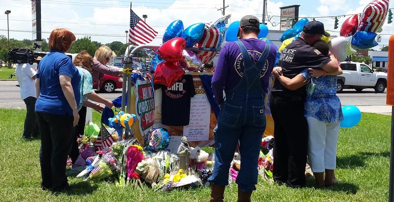 Voluntary memorial at the scene where officers were shot