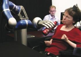 BrainGate trial with robotic arm