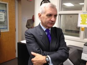 RI Senator Jack Reed is leading the push for extending long-term unemployment benefits.