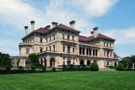 The Breakers Mansion in Newport is at the heart of a dispute over whether to place a visitor center on its historic grounds.