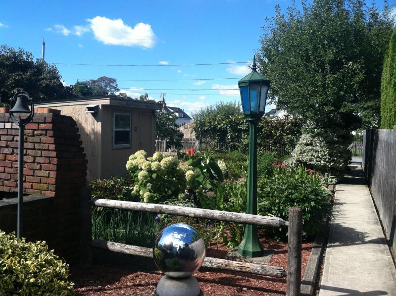 The Castro's Garden