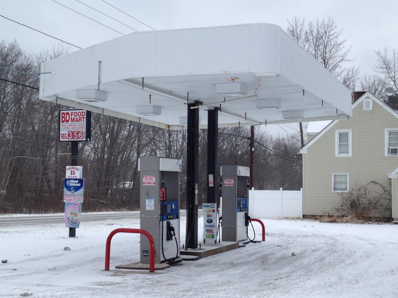 BD Food Mart is the only convenience store for miles near Foster-Glocester.