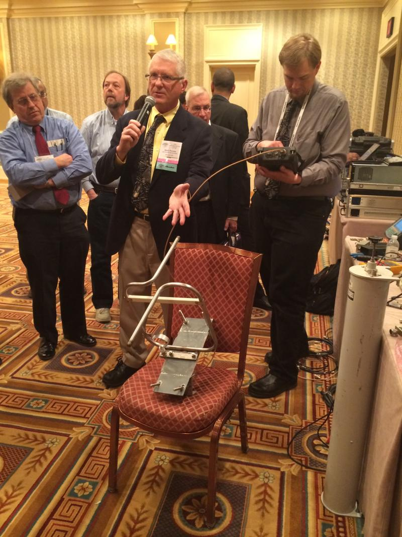 Demonstrating FM antenna properties at PREC.
