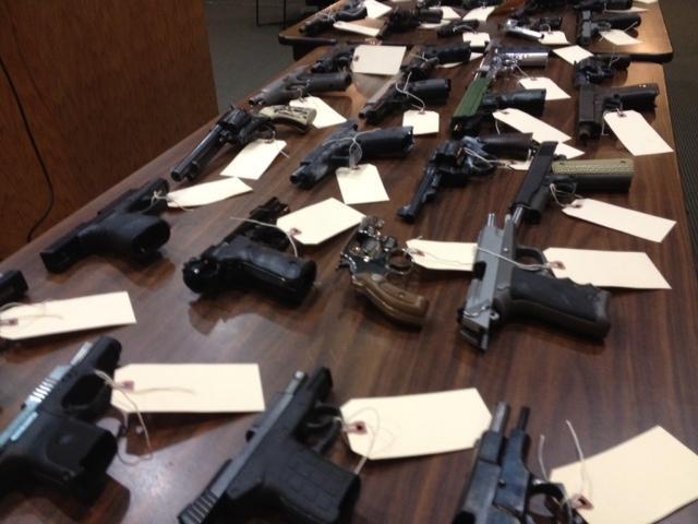 Table of guns