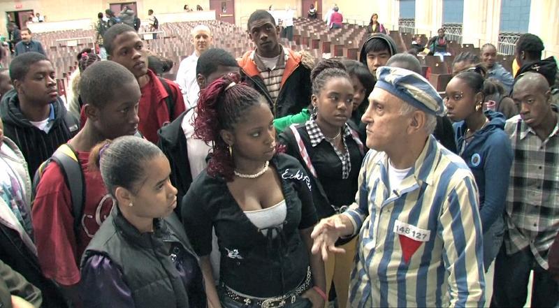 Steve Ross speaking to high school teens.