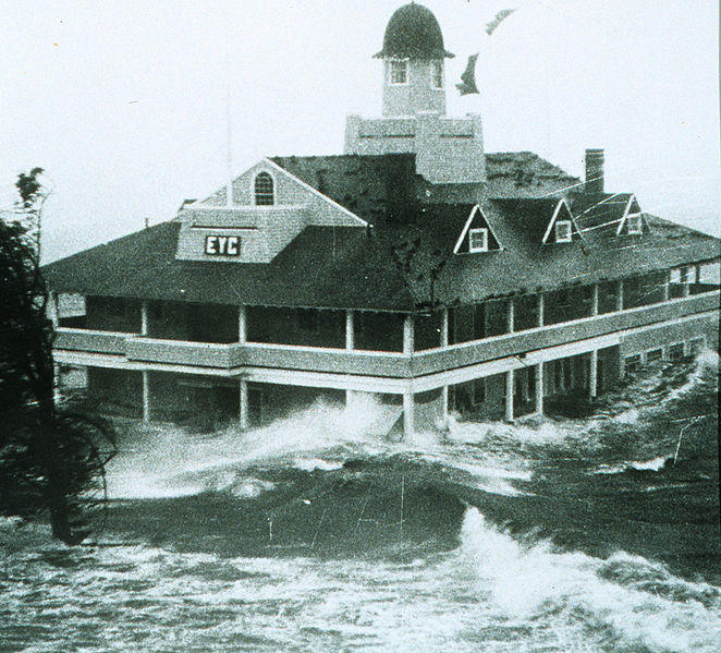 Storm surge from Hurricane Carol lashes the Edgewood Yacht Club in 1954.