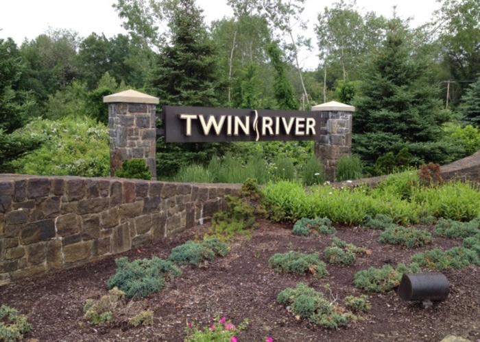 Twin river casino hotels