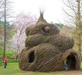 Jim Cotter speaks with artist Patrick Dougherty about his unique creation at the Morris Arboretum