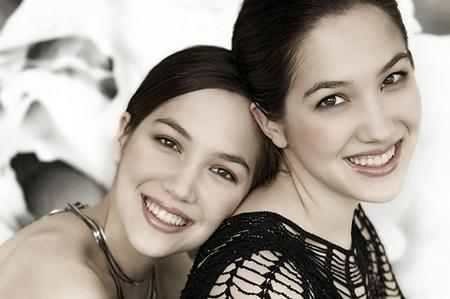 Pianists Chrisina and Michelle Naughton