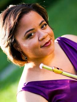 Julietta Curenton, flute