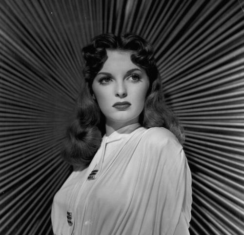 Vocalist Julie London