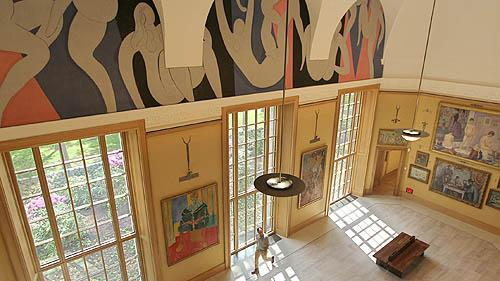 Main gallery at the new Barnes Foundation location in Philadelphia.