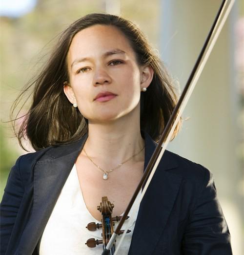 Violinist Elissa Lee Koljonen