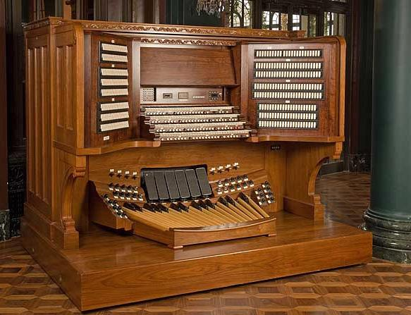 The Longwood Gardens organ console