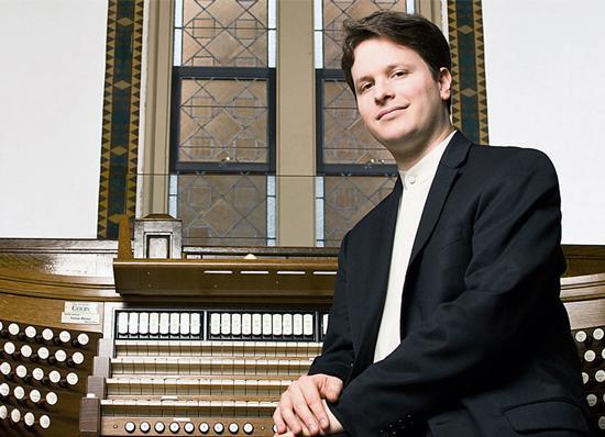 Organist Paul Jacobs
