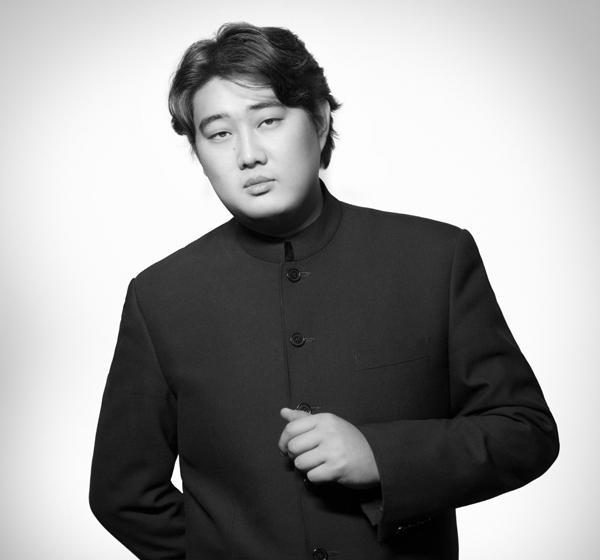 Bass-baritone Shenyang
