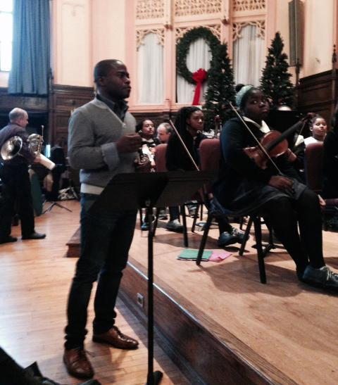 Anthony McGill, prinicipal clarinet in the Metropolitan Opera Orchestra, at a rehearsal in mid January with Play On, Philly students.