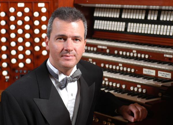 Organist Alan Morrison
