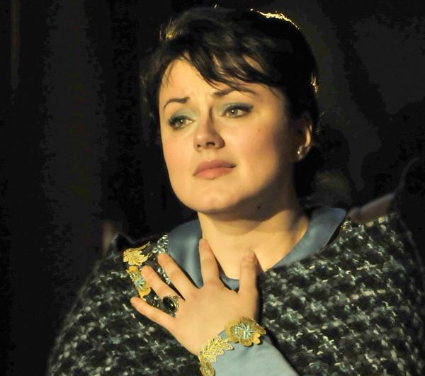 Soprano Anita Hartig sings Mimi