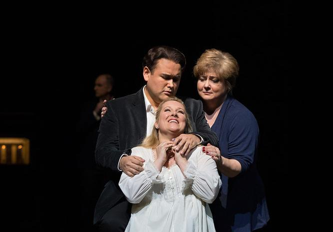 Javier Camarena as Elvino, Diana Damrau as Amina, and Elizabeth Bishop as Teresa in Bellini's La Sonnambula.