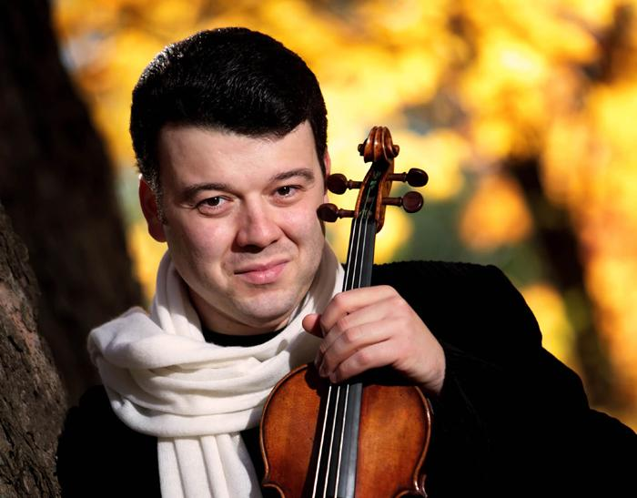 Violinist Vadim Gluzman plays Tchaikovsky's Violin Concerto in WRTI's Philadelphia Orchestra in Concert broadcast on March 16 at 1 pm.