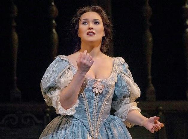 Soprano Olga Peretyatko sings Elvira in Bellini's last opera, I PURITANI.