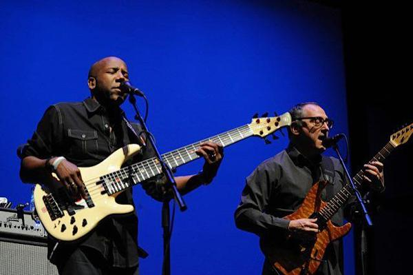 Bassist Nathan East and Guitarist Chuck Loeb