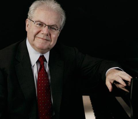 Pianist Emanuel Ax