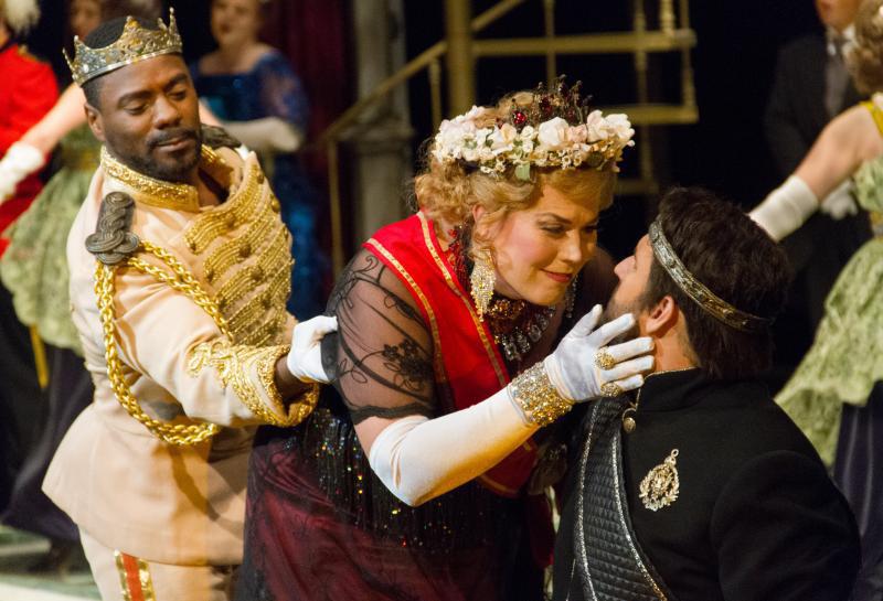A scene from Opera Southwest's AMLETO