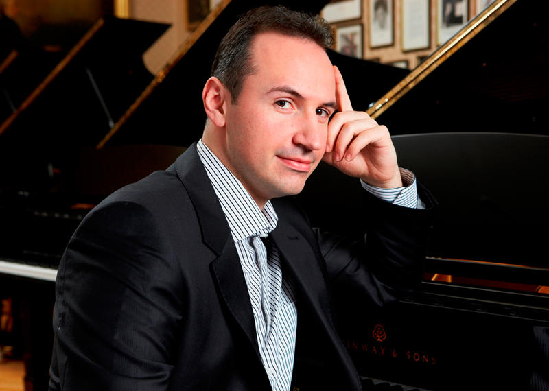 Pianist Simon Trpceski is soloist with The Philadelphia Orchestra in a concert from November, 2015.