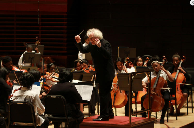 Simon Rattle conducting the Play, On Philly! Orchestra