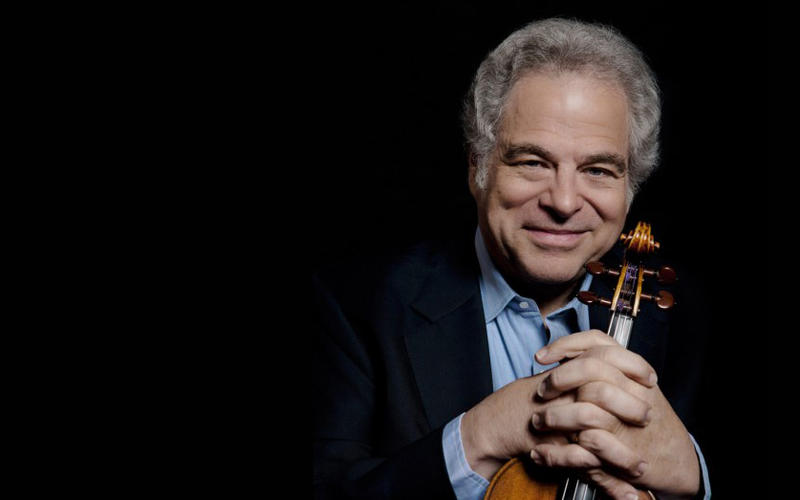 Violinist Itzhak Perlman