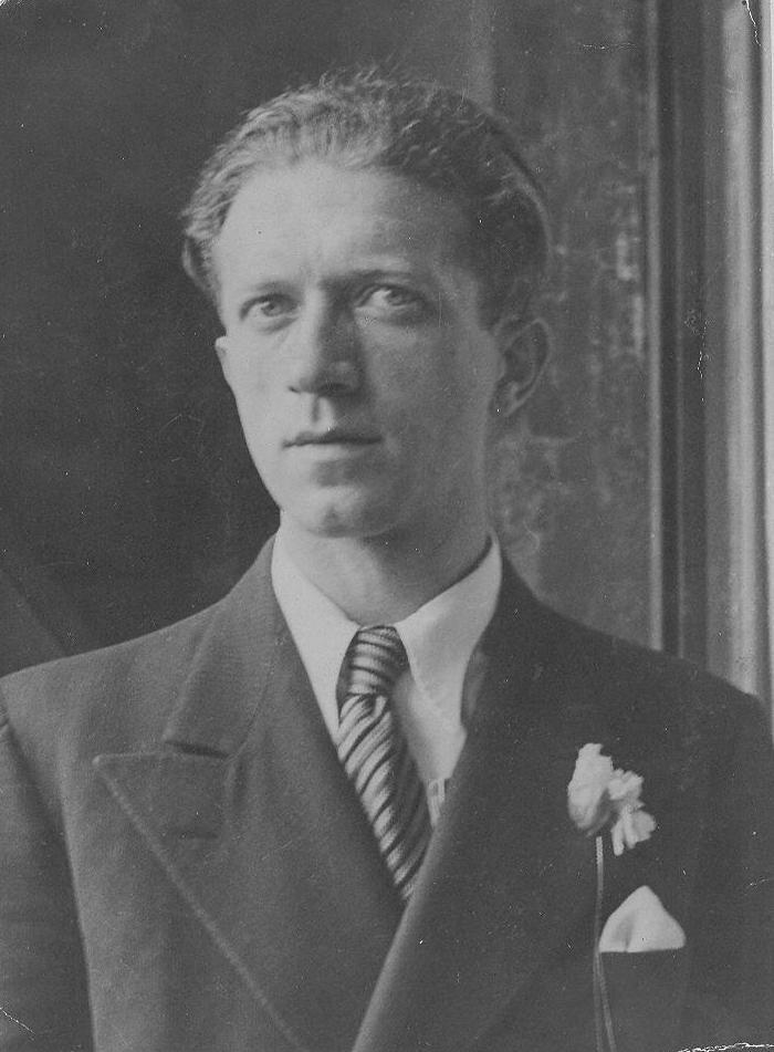 Joseph Beer in 1925
