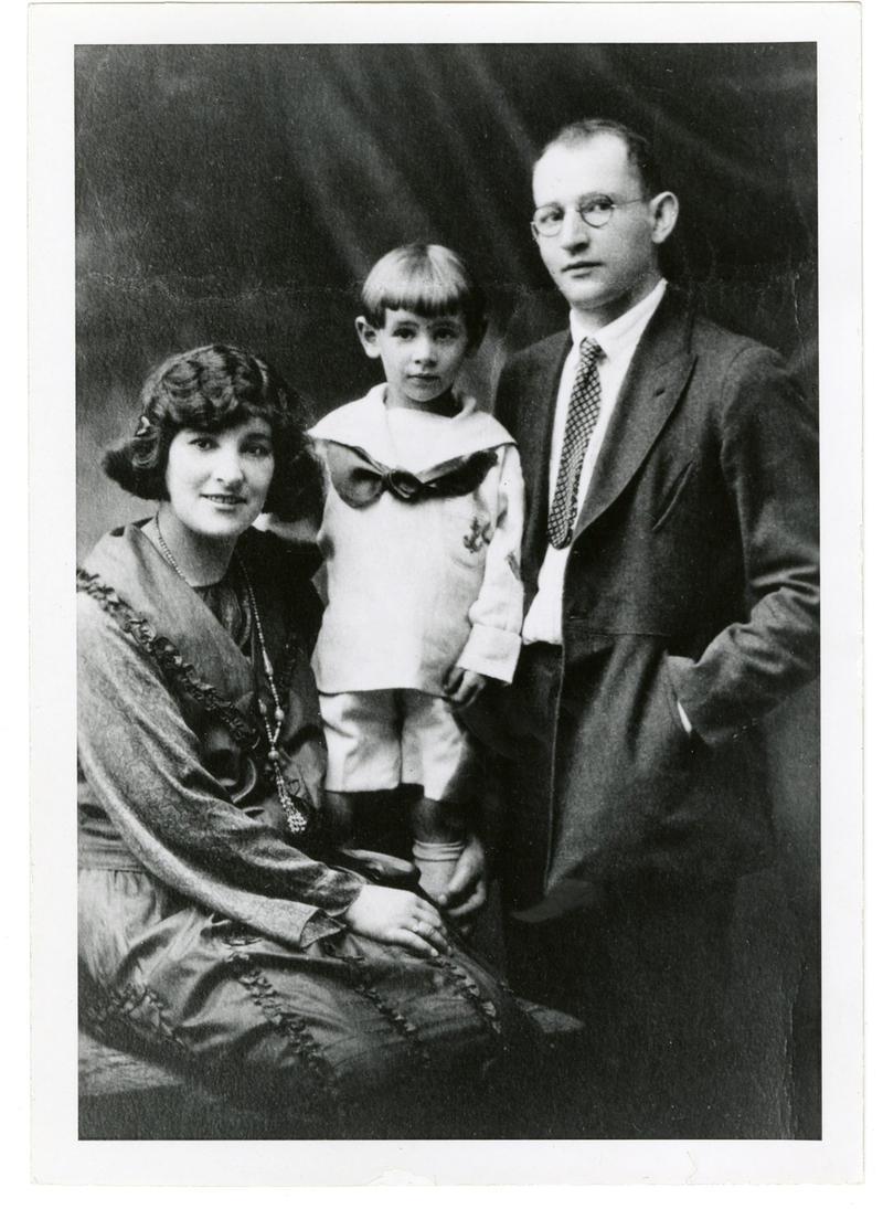 Leonard Bernstein with his parents, Jennie and Samuel Bernstein, c. 1921