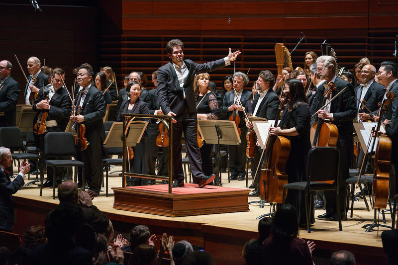 Lahav Shani conducting The Philadelphia Orchestra on March 22, 2018.