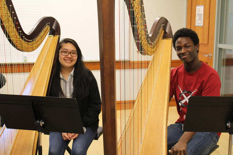 Students of The Lyra Society's Glissando program, Gabrielle Tandean and Martis Ravenell