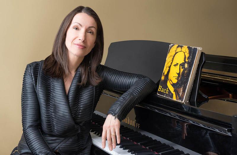 Pianist Eleonor Bindman
